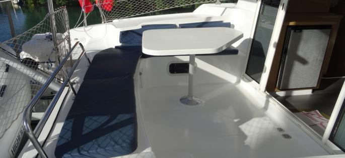 Fountaine-Pajot Mahé 36 Evolution cockpit