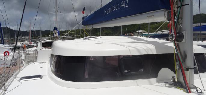 Nautitech 442 roof