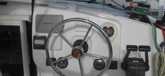 Fountaine-Pajot Mahé 36 evolution Helmstation