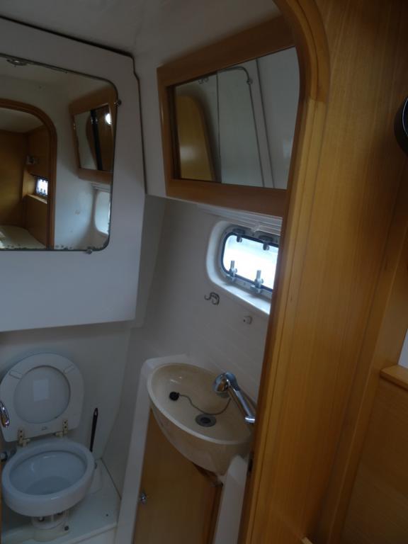 Nautitech 442 salle d'eau arrière tribord