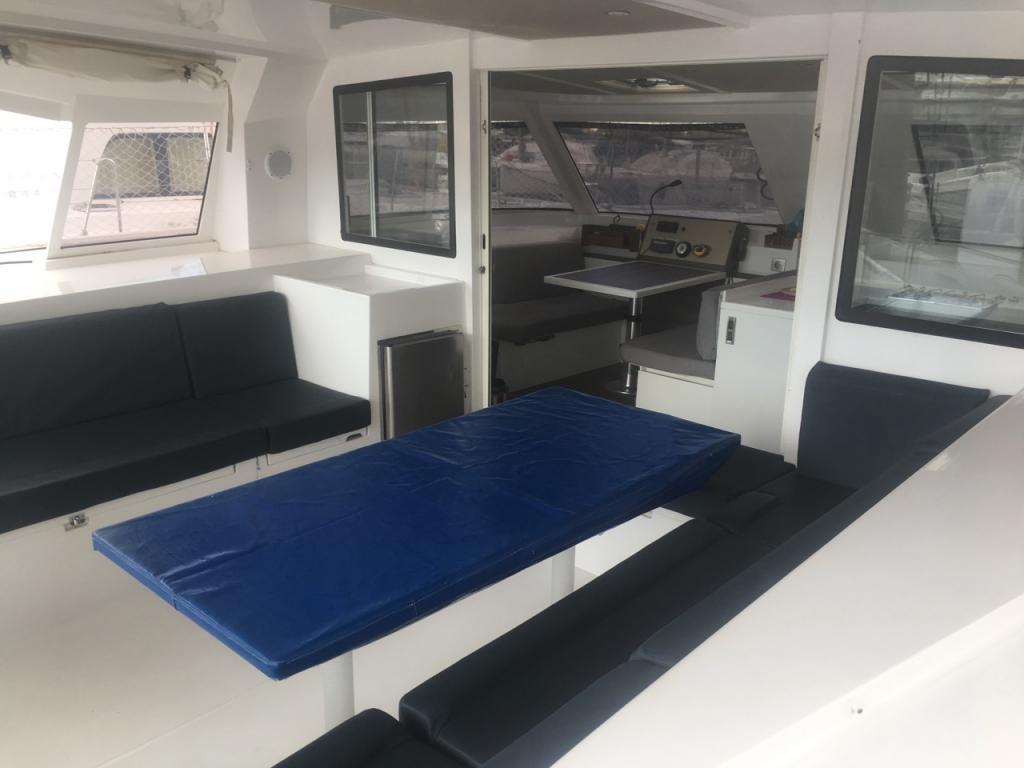 Cockpit Open 40