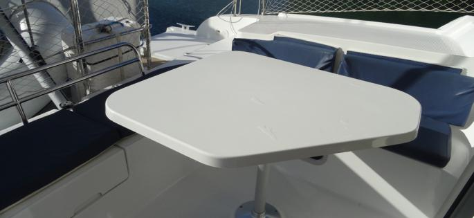 Fountaine-Pajot Mahé 36 Evolution cockpit