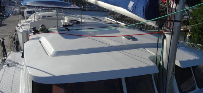 Fountaine-Pajot Mahé 36 Evolution roof