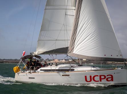 Sun Odyssey 389 sailing